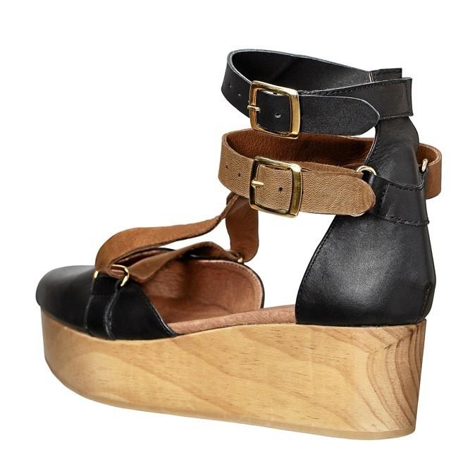 Sandales en bois, H&M. 69€