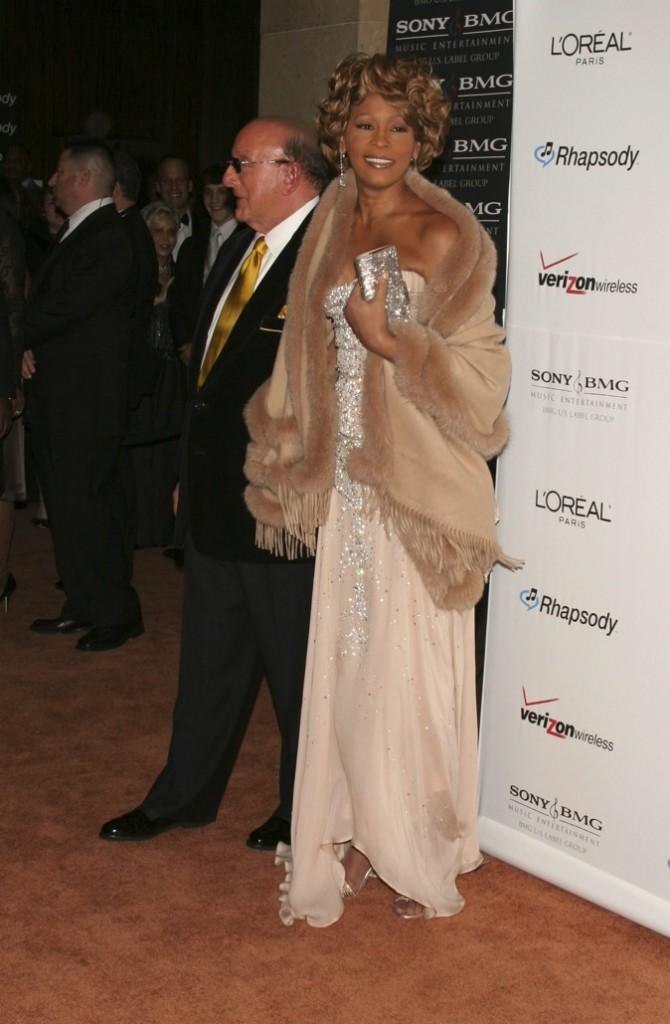 Février 2007 : Whitney Houston à Beverly Hills