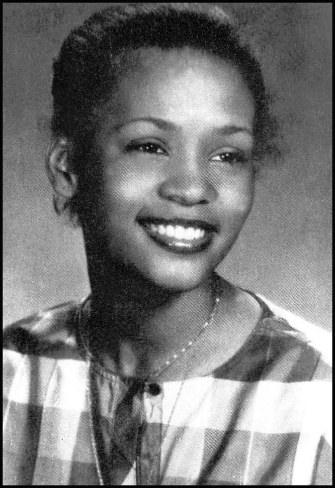 Juin 1981 : Whitney Houston à l'âge de 18 ans