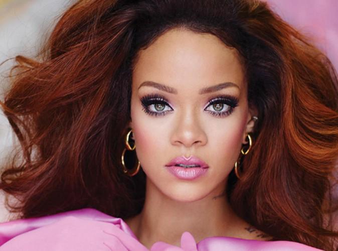 """Rihanna, la Barbie girl de son dernier parfum """"Riri"""" !"""