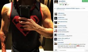 Jared Leto muscles Joker