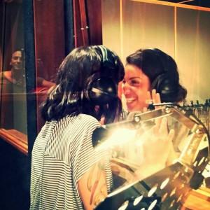 Tal et Alizée en studio