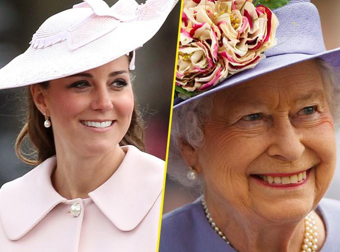 Accouchement de Kate Middleton : la Reine Elizabeth II est arrivée à Buckingham Palace !
