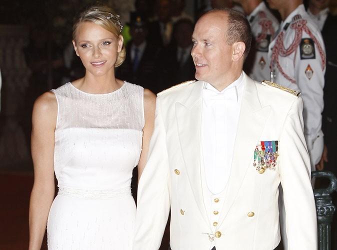 """Albert de Monaco et Charlene Wittstock : """"Nous voulons vous exprimer notre indignation face aux rumeurs. C'est insupportable"""""""