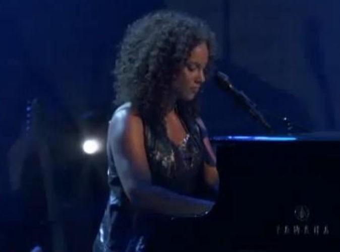 Alicia Keys : elle dévoile une de ses nouvelles chansons sur scène !