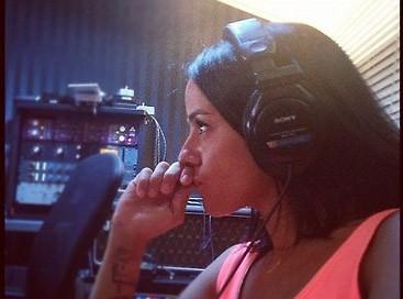 Alizée : elle repousse la sortie de son nouvel album !