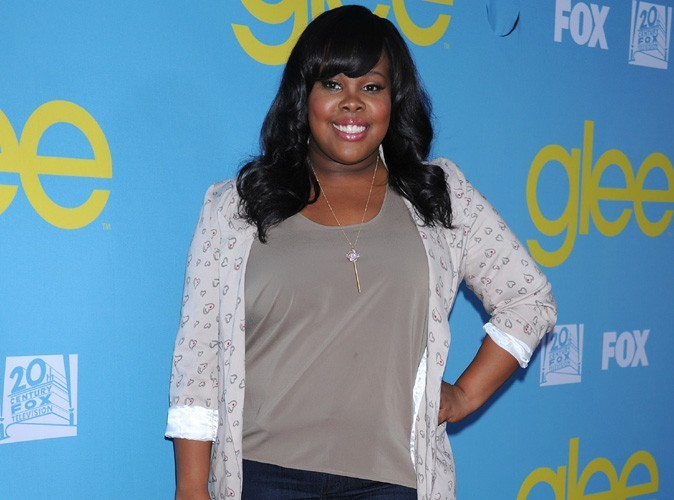 Amber Riley : la star de Glee s'évanouit en plein tapis rouge !