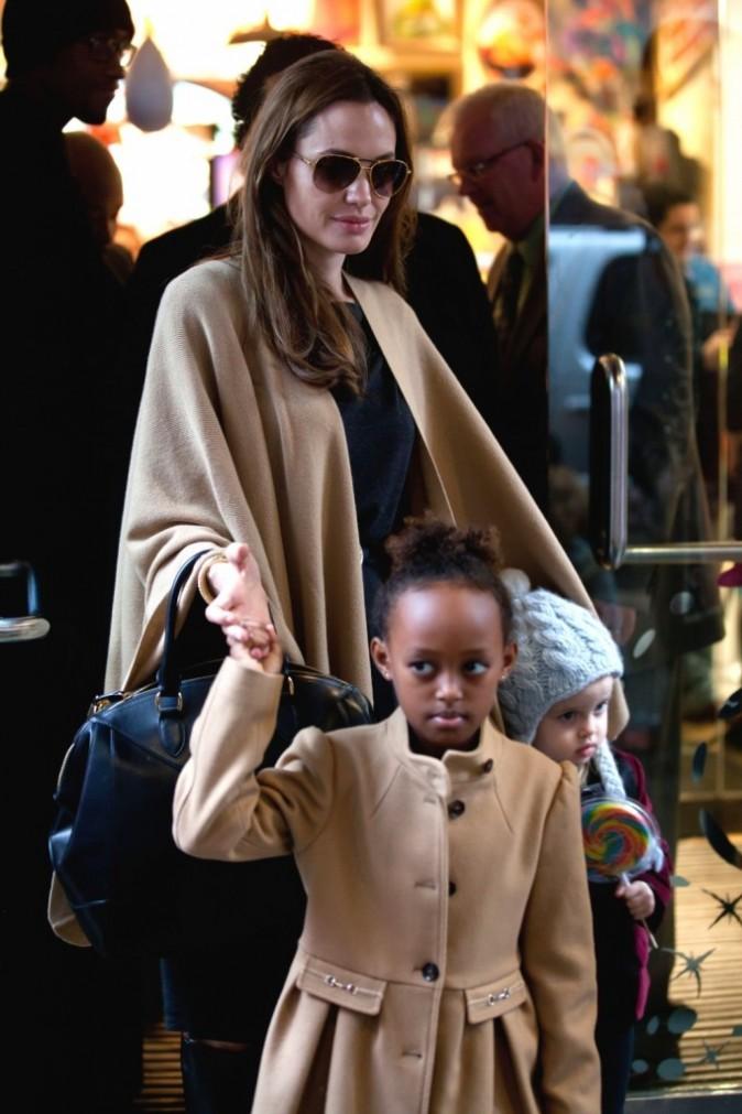 Angelina Jolie : à 6 ans, la plus girly de ses filles, Zahara, a eu le droit à ses premières extensions !