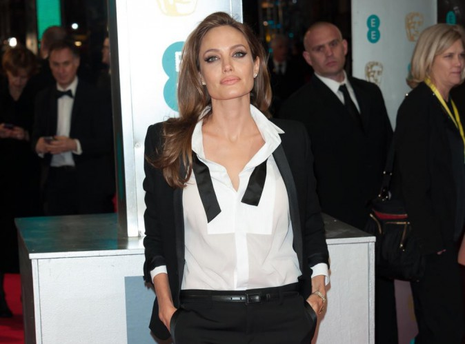 Angelina Jolie : actrice la mieux payée d'Hollywood !
