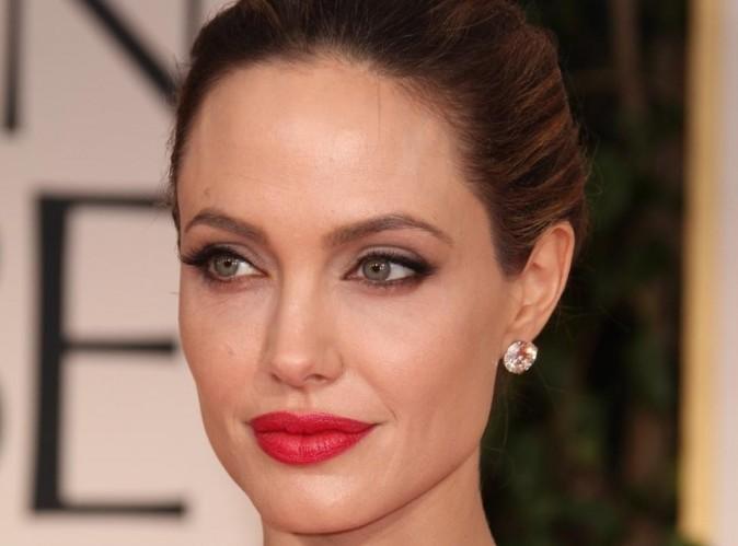 Angelina Jolie : deux semaines après sa double mastectomie, sa tante décède d'un cancer du sein...