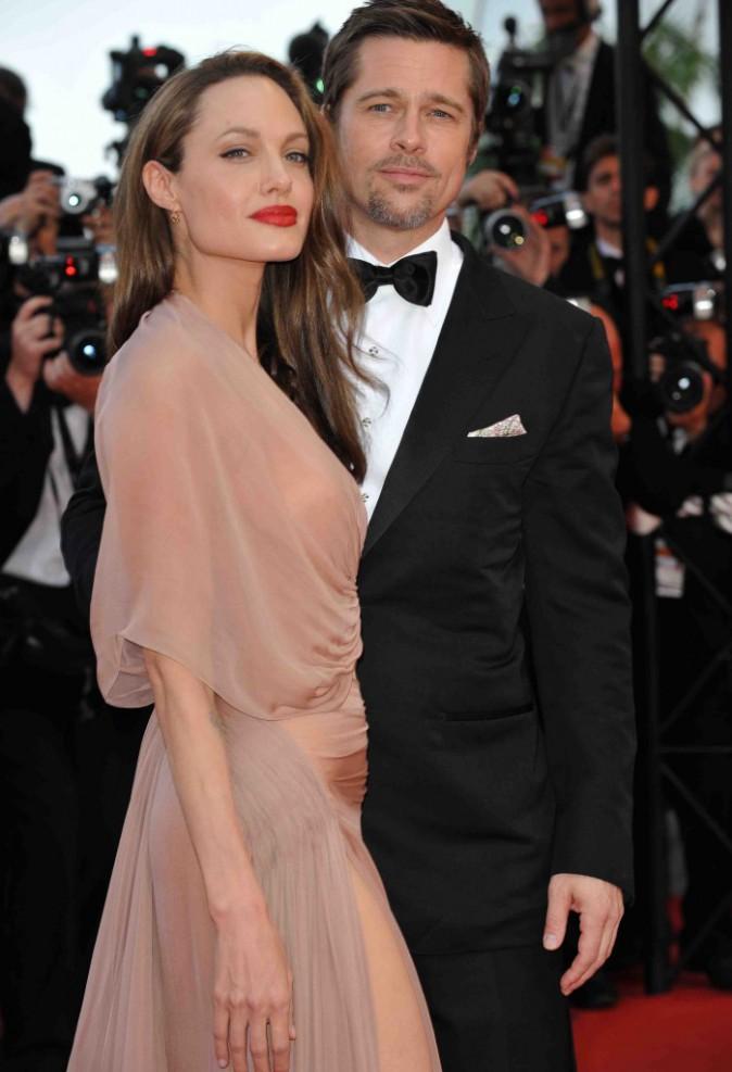 """Angelina Jolie et Brad Pitt : premières photos officielles et premiers détails du film """"By the Sea"""" !"""