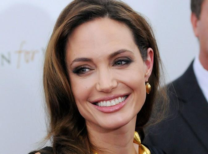 """Angelina Jolie : """"les Français sont très beaux !"""""""