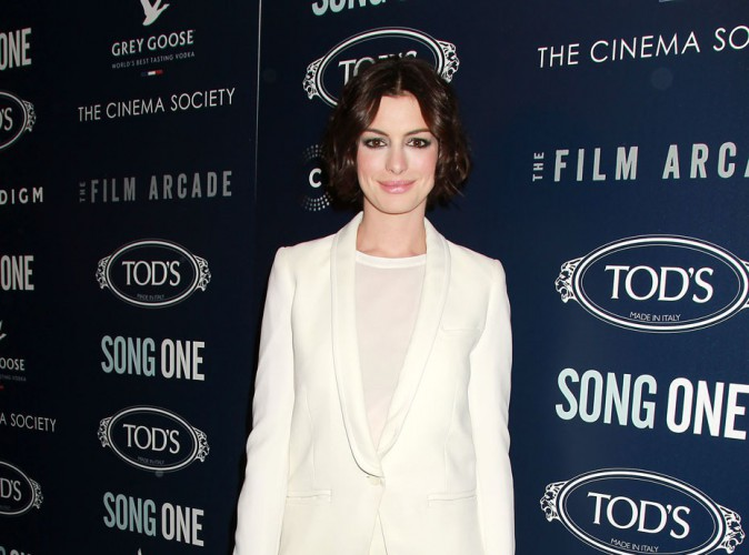 Anne Hathaway : elle fait de l'ombre à Miley Cyrus !