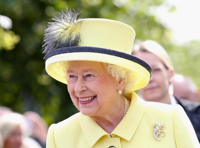 L'époux d'Elizabeth II aussi touché par le scandale nazi… La famille royale veut porter plainte !