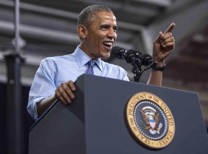 """Barack Obama : découvrez sa version du titre """"Uptown Funk"""", c'est hilarant !"""