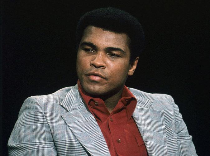 Barack Obama sèche les funérailles de Mohamed Ali