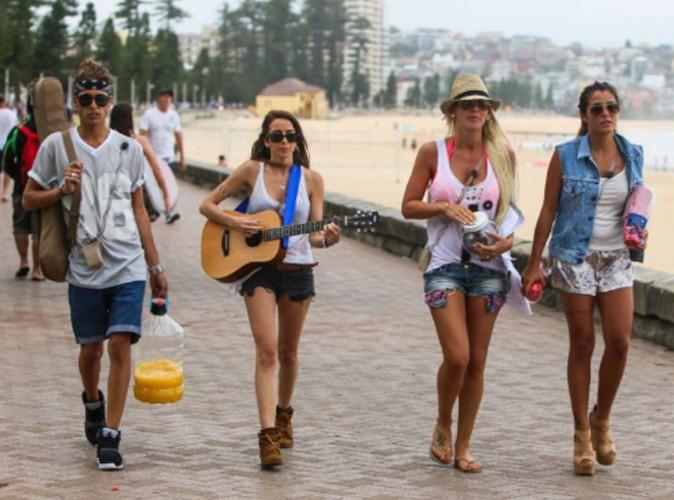 Amélie Neten : ultra sexy sur les plages de Sydney !