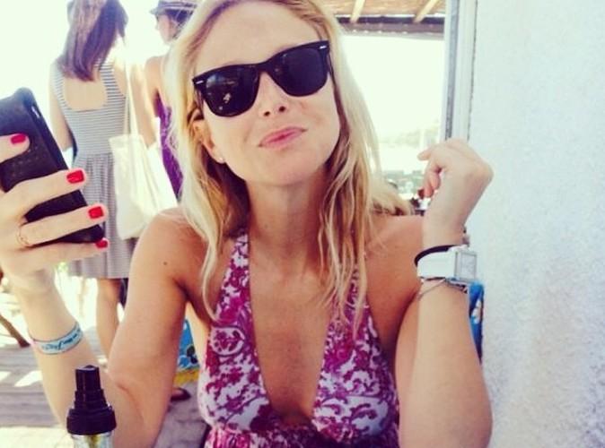 Julie Taton : elle se la coule douce à Calvi !