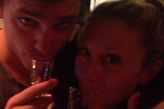 Julie Taton : super pote avec Bastian Baker !