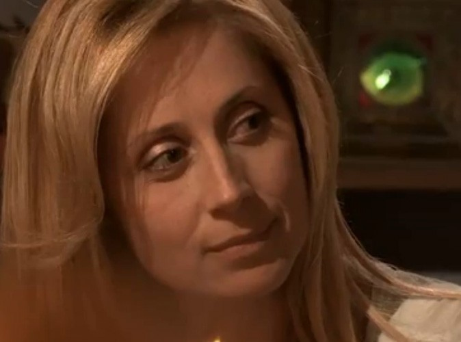 Lara Fabian craque !