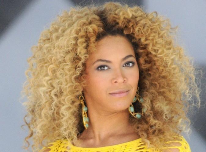Beyoncé : elle a viré son père car il lui volait son argent !