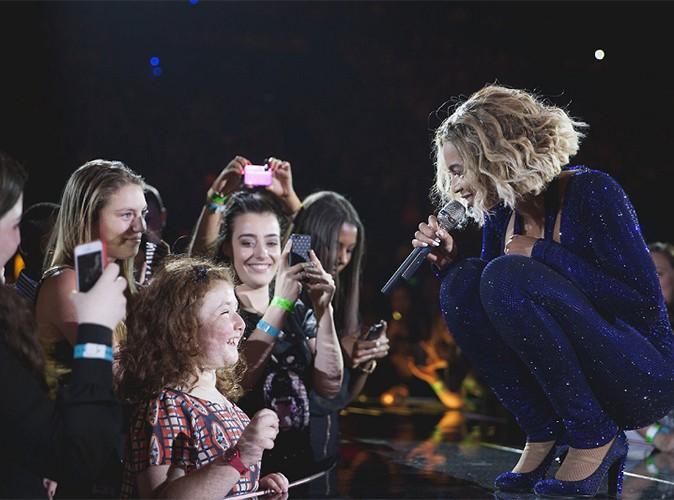 Beyoncé : elle improvise un duo avec une fan non voyante !