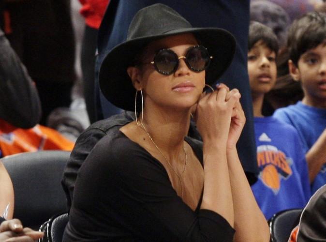 """Beyonce : elle offre un """"baby bag"""" à 559 dollars à sa fille Blue Ivy !"""