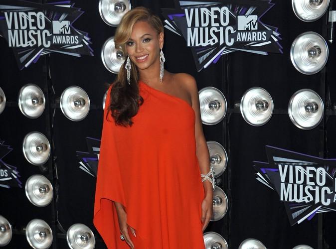 Beyoncé : la première photo du ventre de la chanteuse, enceinte !