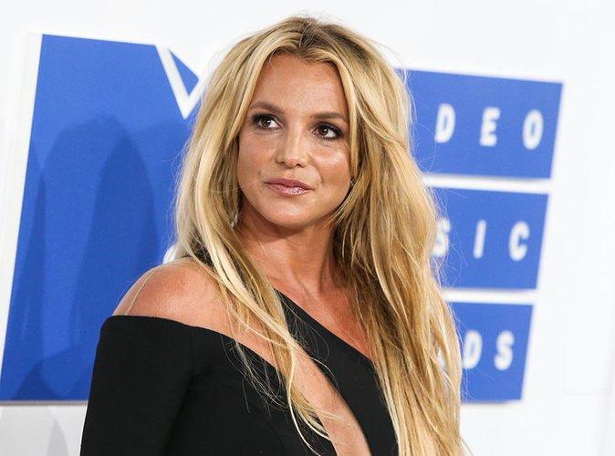Britney Spears : Blessée par les critiques, elle prend une décision radicale !