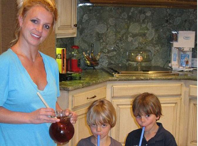 Britney Spears en mode maman poule avec ses amours !