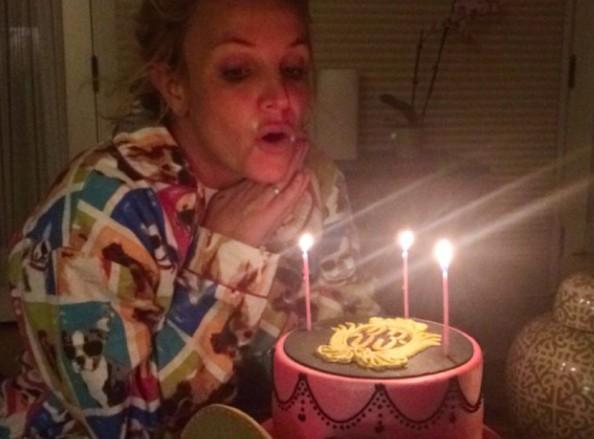 """Britney Spears : """"je n'aurais pas pu rêver d'un meilleur anniversaire"""" !"""
