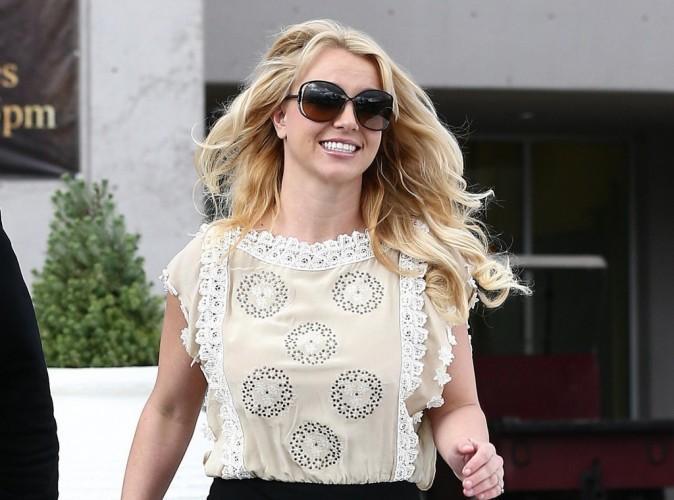 Britney Spears : la jeune célibataire a passé la Saint Valentin avec un mystérieux homme...