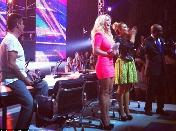 Britney Spears : sexy et stylée pour les premières auditions du X-Factor US !