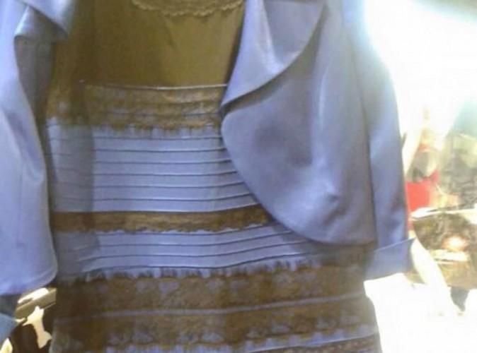 Buzz : Kim Kardashian, Taylor Swift, Ariana Grande… Divisées sur la couleur de LA robe du moment !