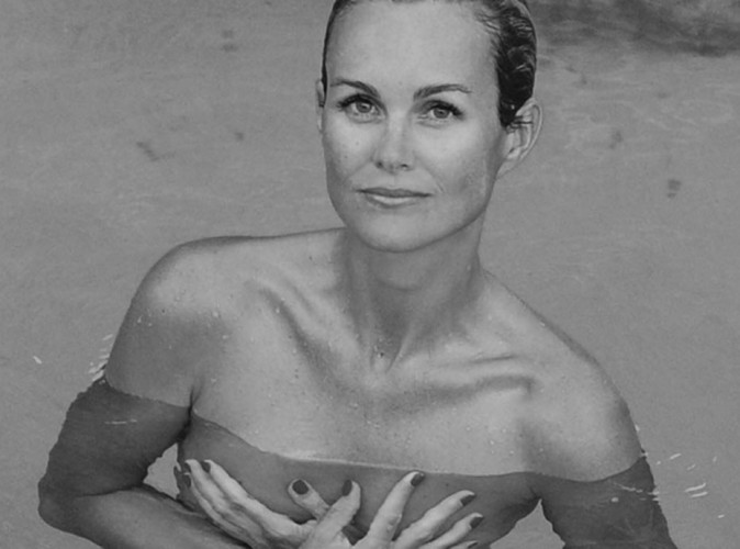 C'est chaud à Saint-Barth, Laeticia Hallyday pose topless !