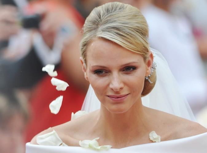 """Charlene de Monaco répond aux rumeurs : """"Regardez les photos d'Albert et de moi, amoureux, lors du mariage"""" !"""