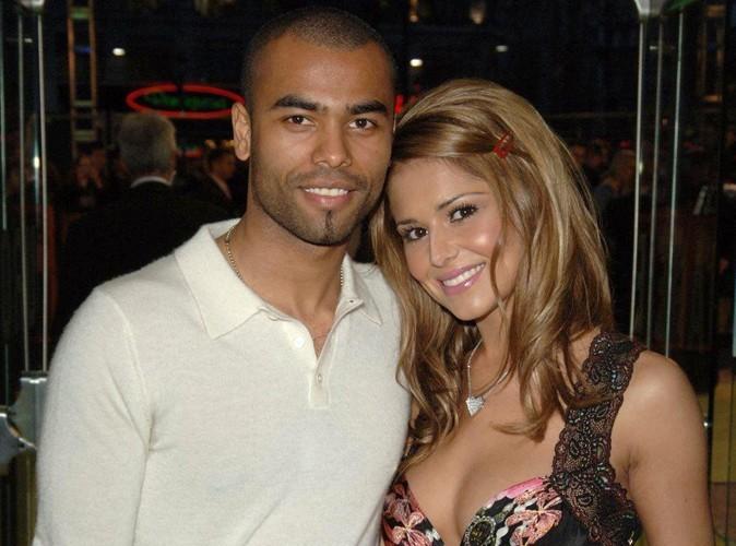Cheryl Cole : Son ex-mari, Ashley Cole, s'affiche de nouveau avec son alliance ! Sur la voix de la réconciliation ?!