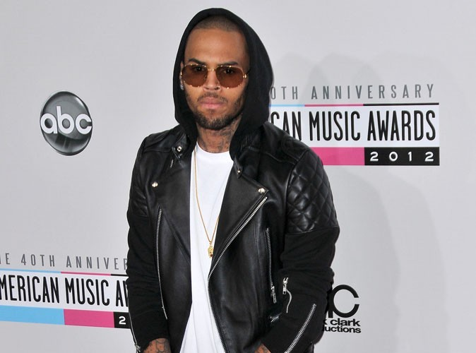 Chris Brown a planté sa Porsche contre un mur !