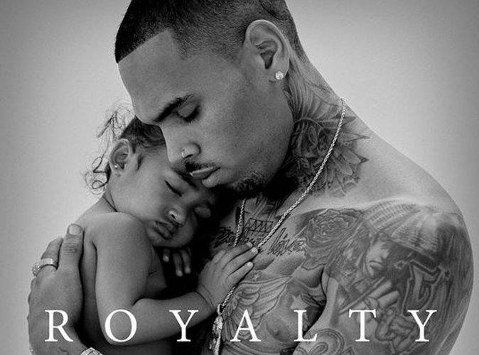 Chris Brown : moment de tendresse avec Royalty, il dévoile la pochette de son album !