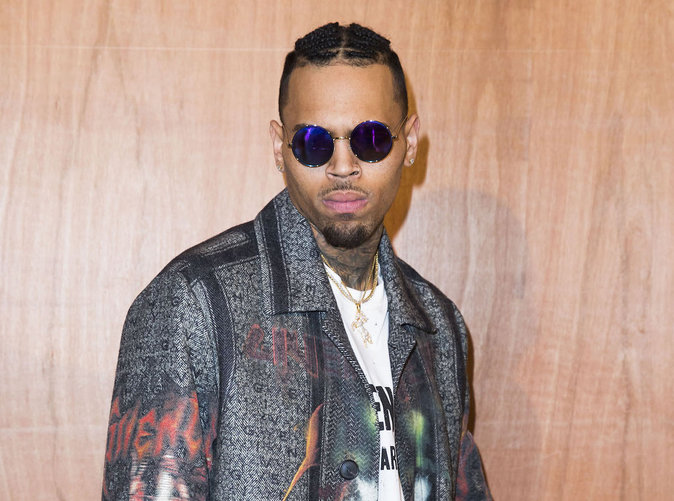 Chris Brown : Une chanteuse tente de se suicider, il l'insulte sur Twitter!