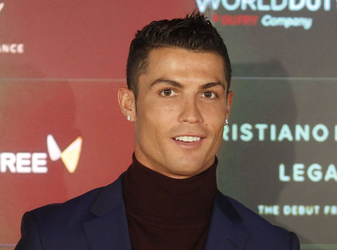 Cristiano Ronaldo : complètement fan des Nike HyperAdapt 1.0 !