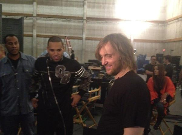 David Guetta et Chris Brown vont nous en mettre plein la vue pour leur prochain clip ! Première image !