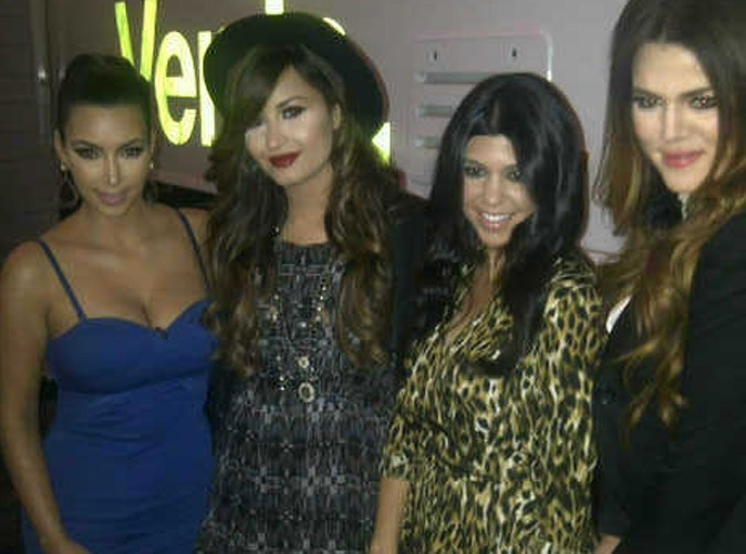 Demi Lovato et les soeurs Kardashian : elles unissent leurs forces !