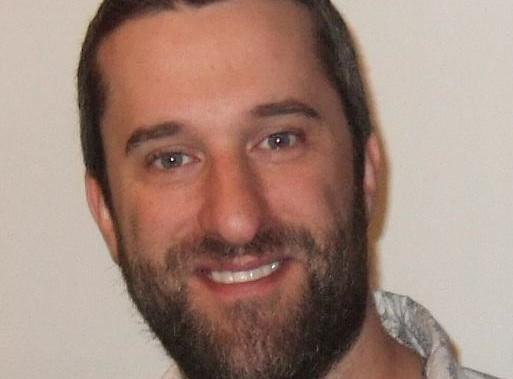 """Dustin Diamond : la star de """"Sauvés par le gong"""" a été arrêtée le jour de Noël !"""