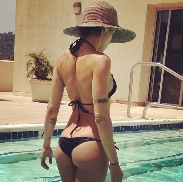 Elisabetta Canalis en bikini !