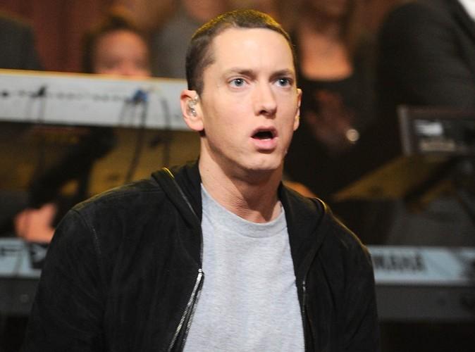 Eminem : il porte plainte contre Facebook !