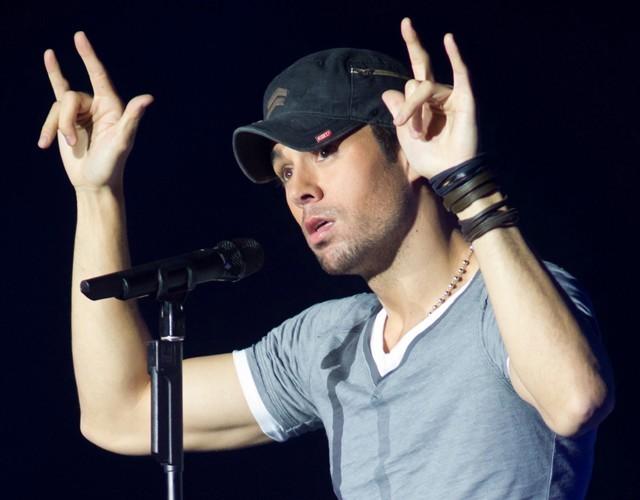 Enrique Iglesias : Son nouveau single, hit de l'été ?