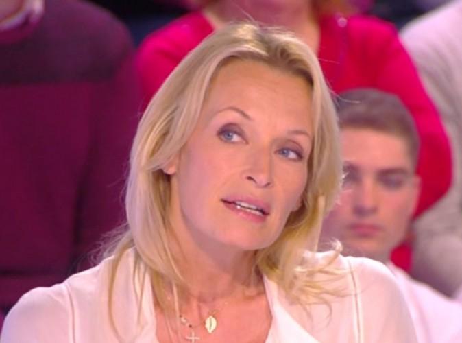 """Estelle Lefébure : """"Il y a une pression sur les jeunes mannequins et elles deviennent anorexiques"""" !"""