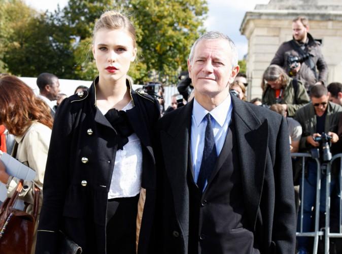 """Francis Huster et Gaia Weiss : l'acteur nie à son tour : """"Je ne couche pas avec elle"""" !"""