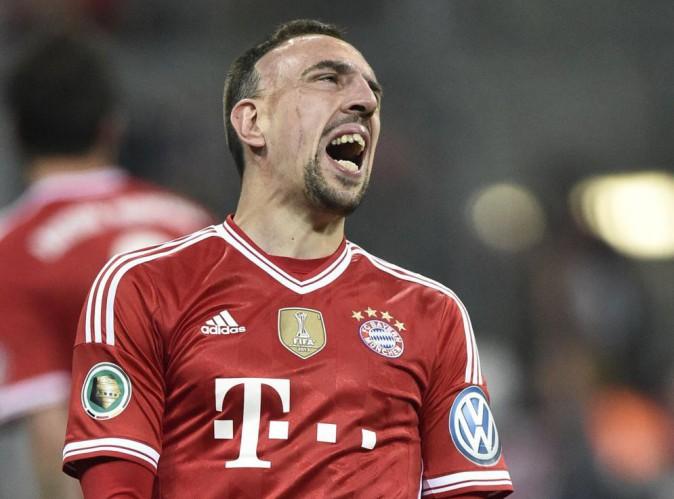 """Franck Ribéry : """"Faut avancer de l'avant"""", sa nouvelle bourde amuse la toile !"""